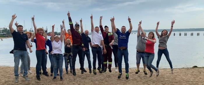 Прибирання узбережжя Південного Буга співробітниками AB InBev Efes Україна
