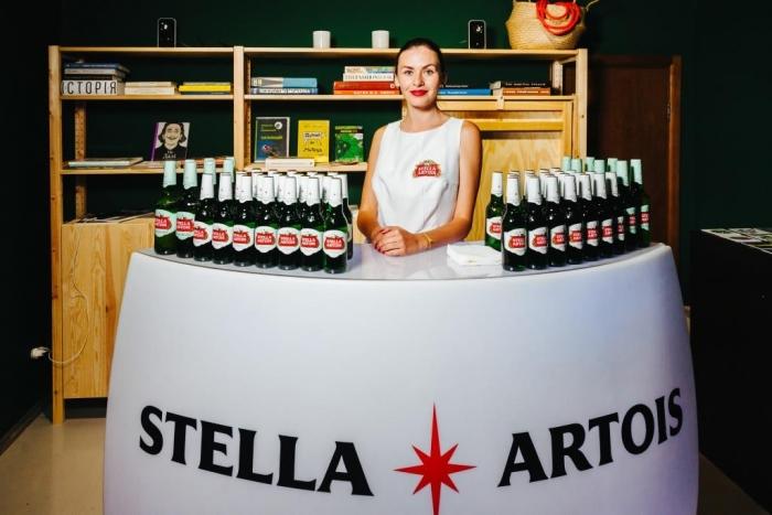 Stella Artois підтримує молодих художників: бренд виступив партнером виставки Body Poetry